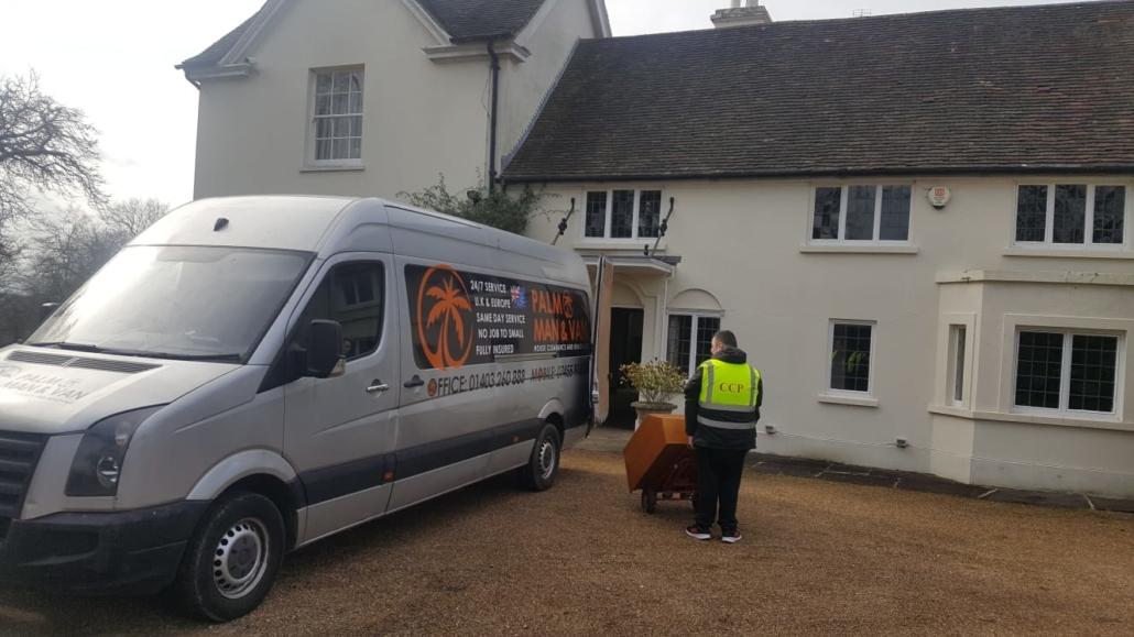 Man and Van Horsham moving heavy items